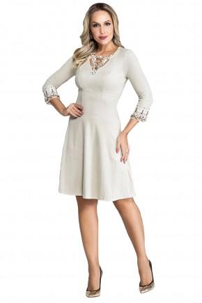 vestido off white bordado em pedrarias manga longa nitido jeans viaevangelica frente