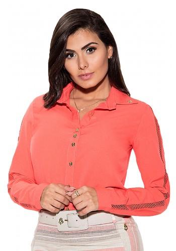 camisa botoes com renda nas mangas laranja via tolentino viaevangelica frente