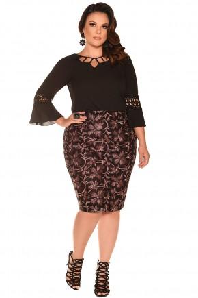 conjunto blusa preta decote vazado bordada manga sino saia floral plus size fascinius viaevangelica frente