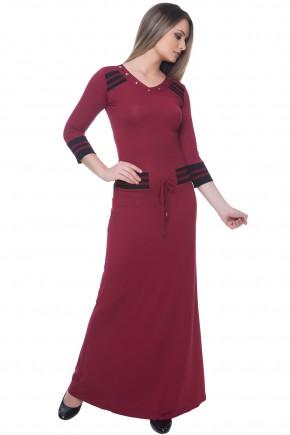 vestido vermelho e preto longo decote v bordado amarracao cintura detalhes listras hapuk viaevangelica frente