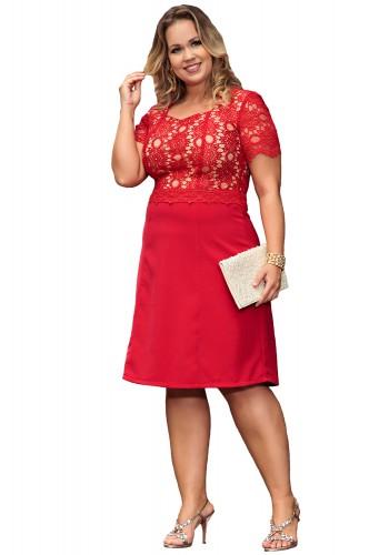 vestido vermelho evase plus size manga curta renda kauly viaevangelica frente