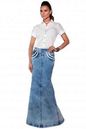 camisa branca manga curta detalhes vazados saia jeans longa detalhes brancos via tolentino viaevangelica frente
