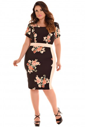 vestido plus size tubinho preto e bege estampa floral manga curta fascinius viaevangelica frente