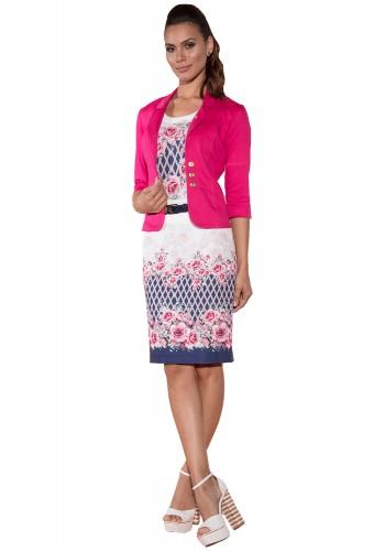 conjunro branco estampa floral e geometrica com casaco pink via tolentino viaevangelica frente