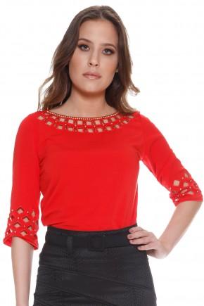 blusa vermelha bordada decote vazado via tolentino viaevangelica frente detalhe