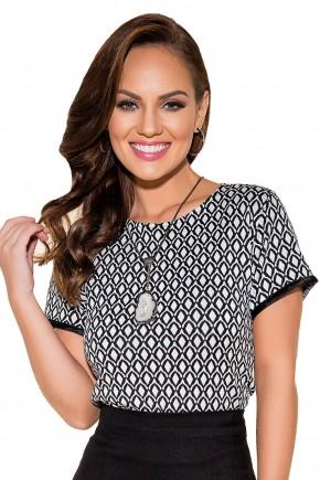 blusa preta e branca estampa geometrica titanium viaevangelica frente fileminimizer