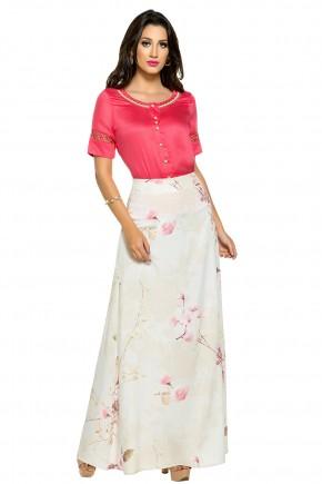 conjunto camisa rosa cetim bordada saia longa off white estampa floral zunna ribeiro viaevangelica frente