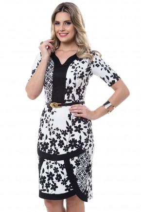 vestido justo preto e branco estampa floral recortes barra bella heranca viaevangelica frente