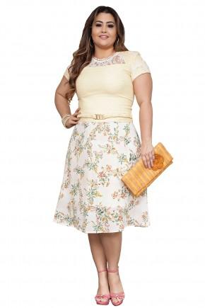 vestido plus size amarelo detalhe guipir gola saia estampada floral lady like com cinto kauly viaevangelica frente