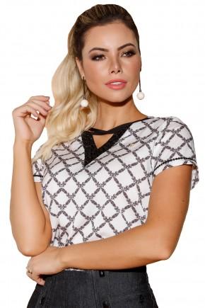blusa off white estampa preta decote v vazado mangas bordado pedrarias via tolentino viaevangelica frente