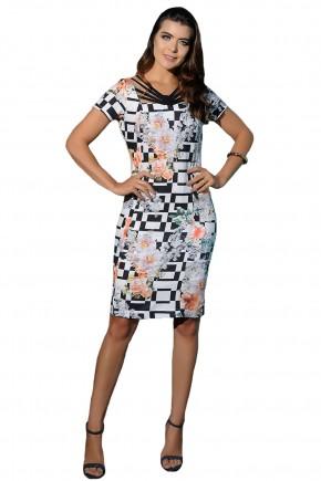 vestido tubinho preto e branco estampa floral e geometrica decote tiras cassia segeti frente