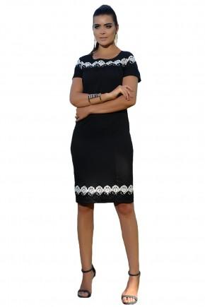 vestido preto justo detalhe guipir preto e branco decote e barra cassia segeti frente