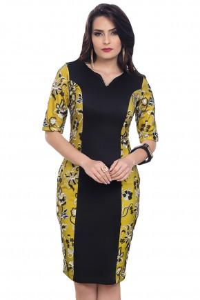 vestido preto e amarelo tubinho detalhe rendado floral decote strass bella heranca frente