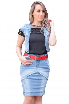 conjunto colete jeans lapela barra desfiada aplicacao tachas saia jeans clara justa recortes desfiados raje jeans frente