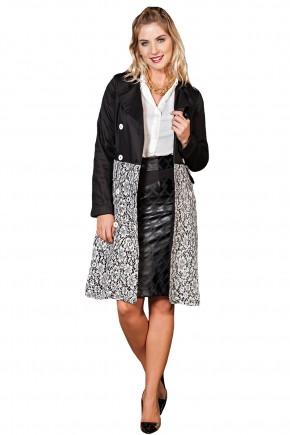 casaco trench coat preto acetinado e renda branca botoes frontais kauly frente
